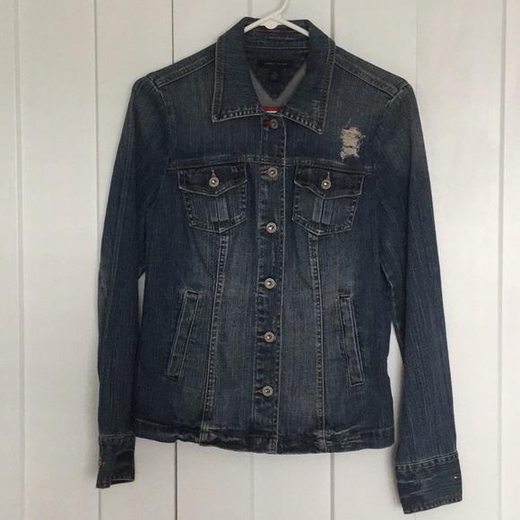 Tommy Hilfiger Jackets & Blazers - Tommy Hilfiger Jean Jacket Size M